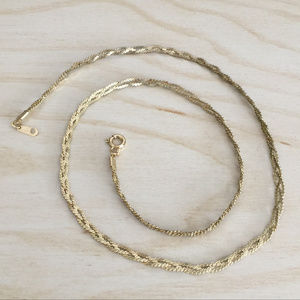 Jewelry - Gold Tone Serpentine Chain Necklace
